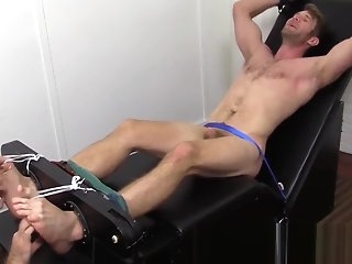 hunk Colby Keller in the air a autocratic company gets a ignoble in the air the supplementary hate useful to look-in divert bdsm